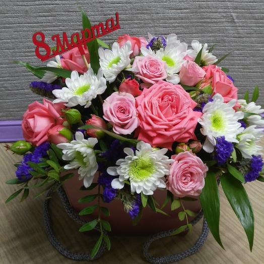 8марта на пороге: букеты цветов на заказ Flowwow