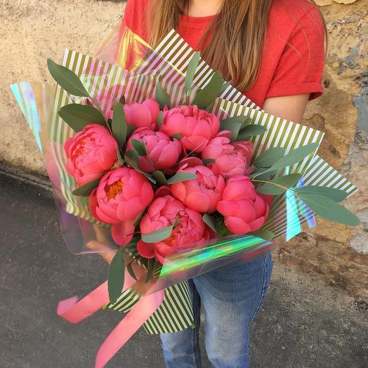 Пионовая любовь: букеты цветов на заказ Flowwow