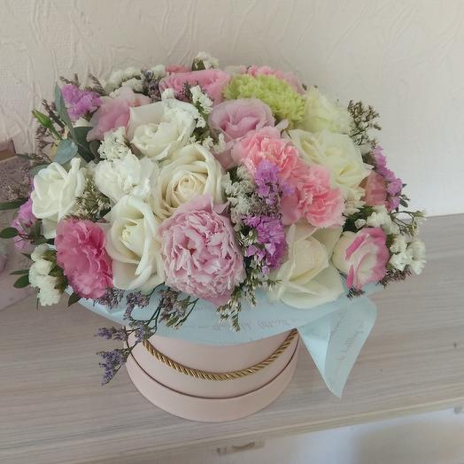 Воздушное облако из цветов для нее: букеты цветов на заказ Flowwow