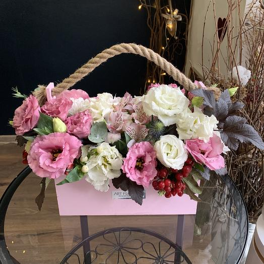 Ящик цветов: букеты цветов на заказ Flowwow