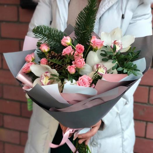 Прекрасные орхидеи и кустовые розы