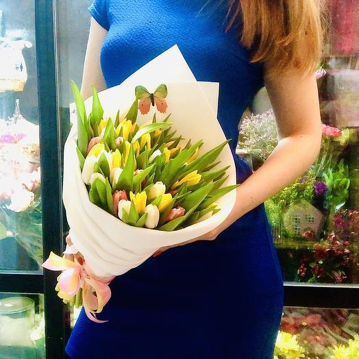 Тюльпаны 💐: букеты цветов на заказ Flowwow