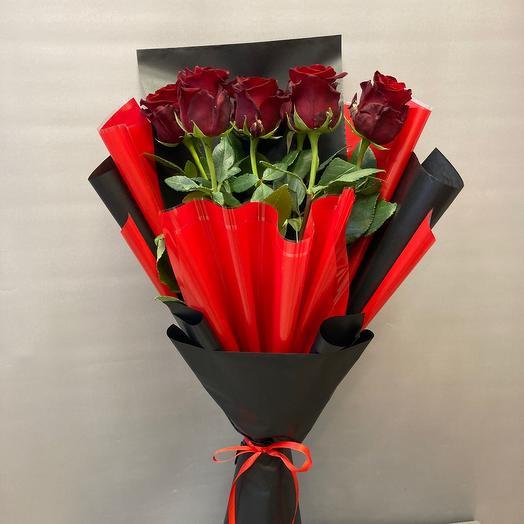 7 роз высоких