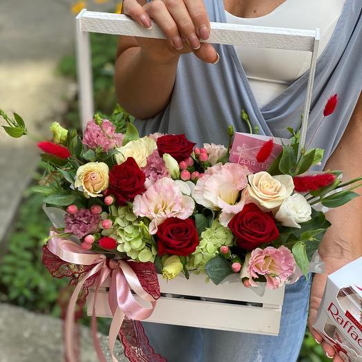 Цветы в ящике С любовью
