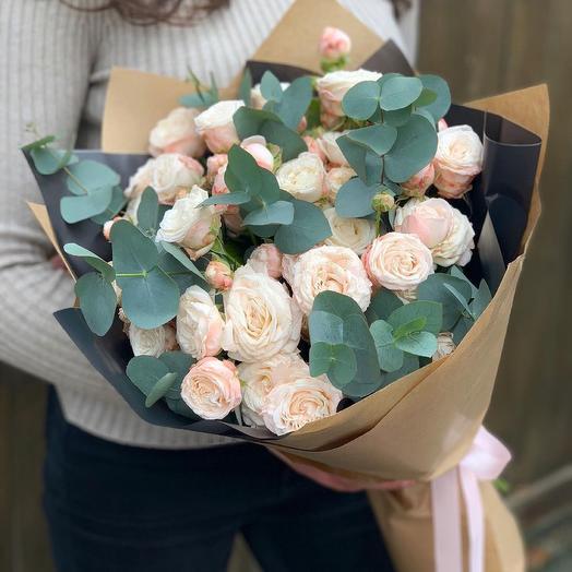 Монобукет с пионовидной розой