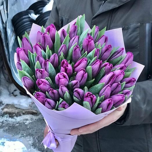 Букет из фиолетового Тюльпана
