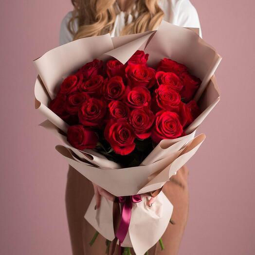Букет из 21 красной элитной розы