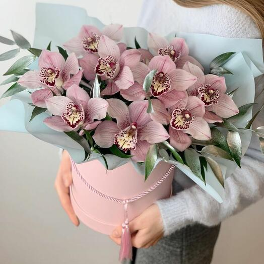 Ароматные орхидеи в коробке