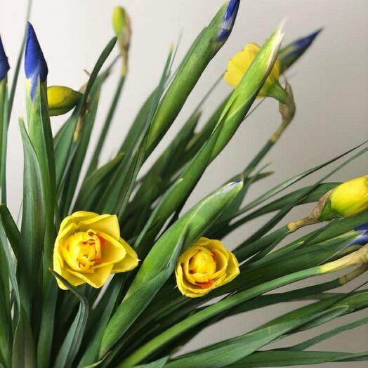 Букет весна пришла