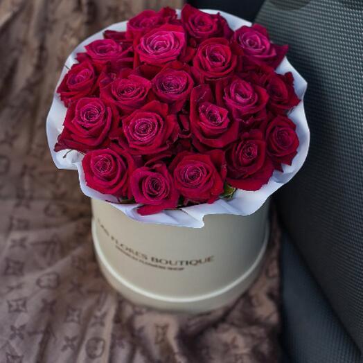 Цветы в коробке Шангрила 19