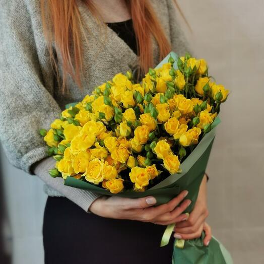 Букет Лимончелло 25 из желтых кустовых роз