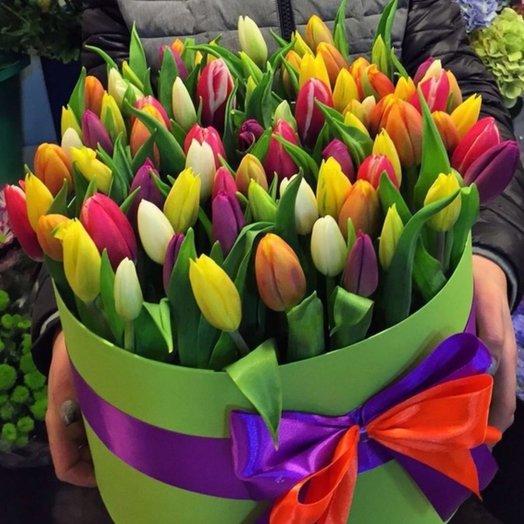 Весенняя шляпная коробка: букеты цветов на заказ Flowwow