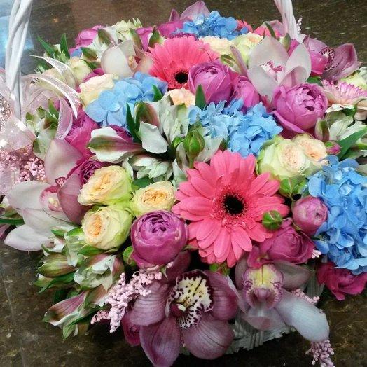 Корзина экзотики: букеты цветов на заказ Flowwow