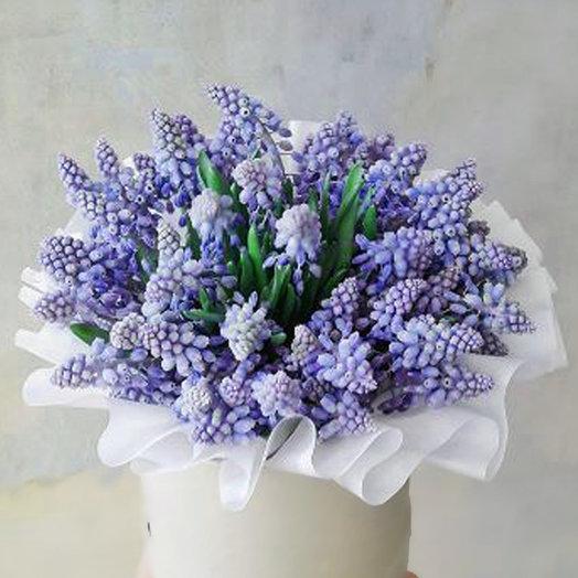 Мускари в мини коробке: букеты цветов на заказ Flowwow