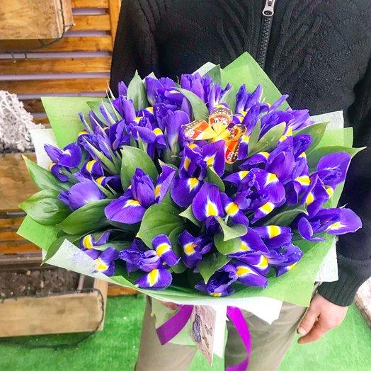 29 ирисов : букеты цветов на заказ Flowwow