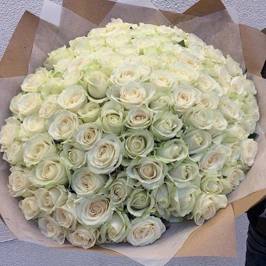 101 белая роза: букеты цветов на заказ Flowwow