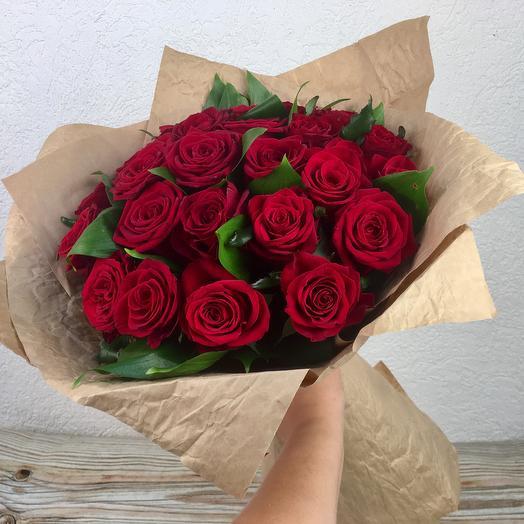 21 роза с оформлением: букеты цветов на заказ Flowwow