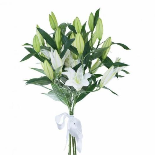 5 лилий: букеты цветов на заказ Flowwow