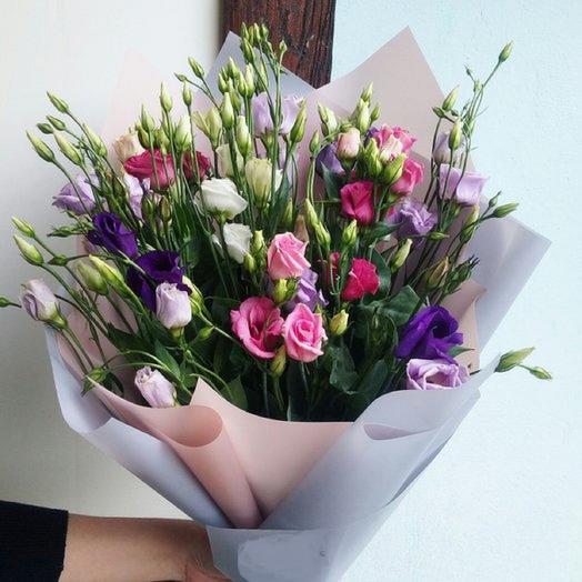 Акция букет с эустомой: букеты цветов на заказ Flowwow
