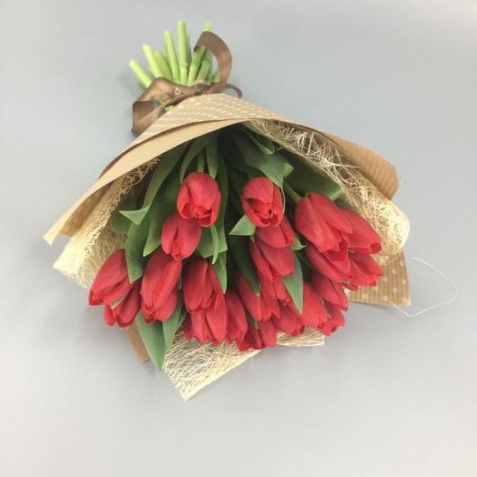 25 тюльпанов: букеты цветов на заказ Flowwow