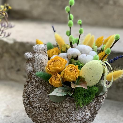 Курочка Пасхальная: букеты цветов на заказ Flowwow