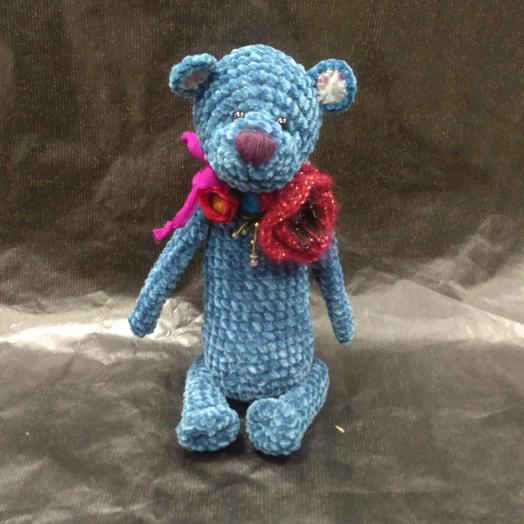 Мишка ручной вязки: букеты цветов на заказ Flowwow