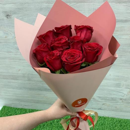 Букет из 9 красных роз (50 см )