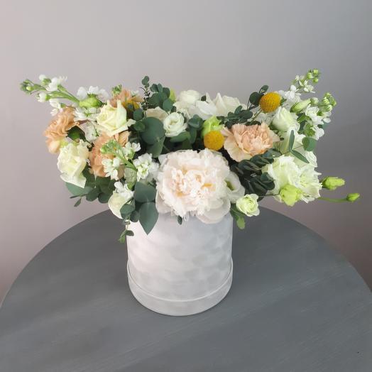 Бархатная коробочка: букеты цветов на заказ Flowwow