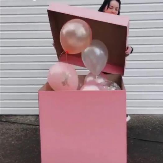 Шары в коробке