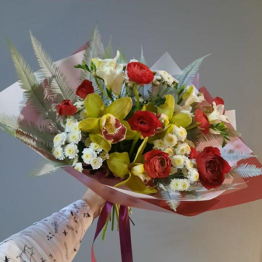 BOUQUET OF RANUNCULUS AND ORCHIDS