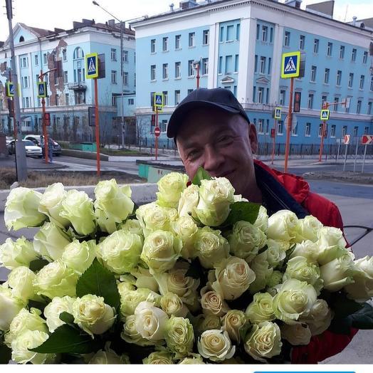 А белые розы на морозе