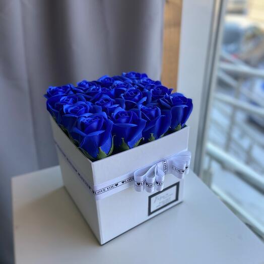 Мыльные Розы в коробке размер S