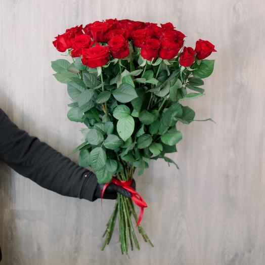 25 ПРЕМІУМ червоних троянд