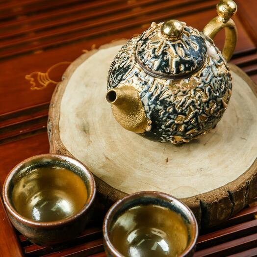 """чайный набор """"золотой"""" (чайник-160мл, 2 пиалы- 45 мл), Тайвань 1 шт"""