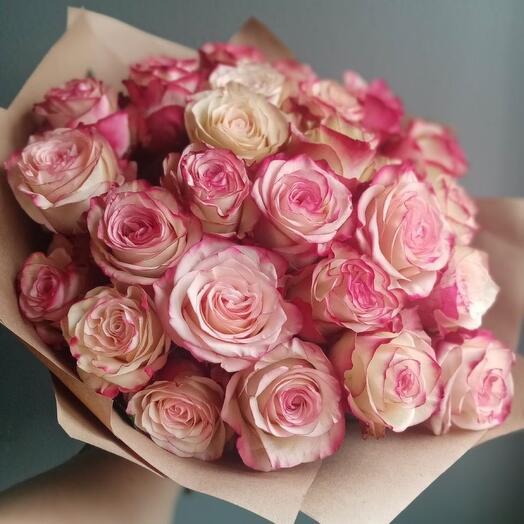 Шикарный букет из 25 роз Paloma