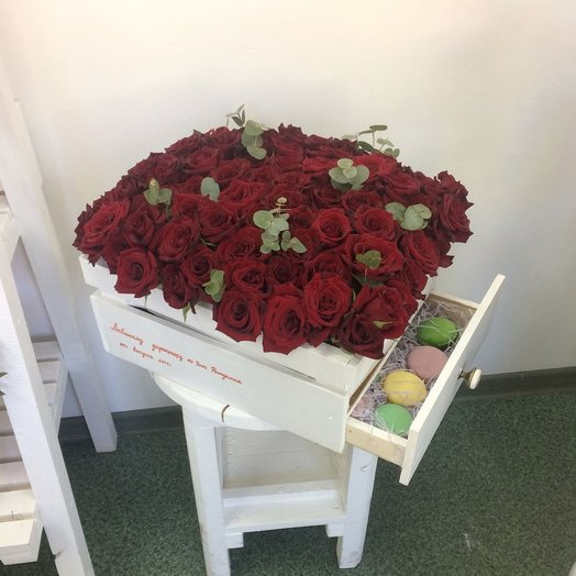 Ящик Роскошный: букеты цветов на заказ Flowwow