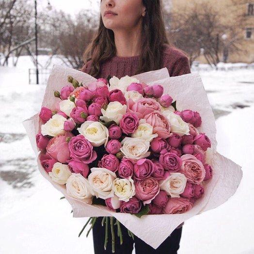 Идеальный букет из пионовидных роз