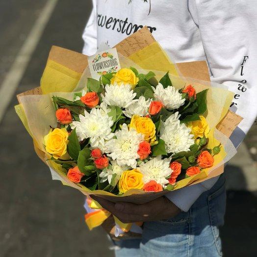 Букет хризантема, роза.  N239: букеты цветов на заказ Flowwow
