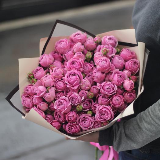 19 пионовидных кустовых роз: букеты цветов на заказ Flowwow
