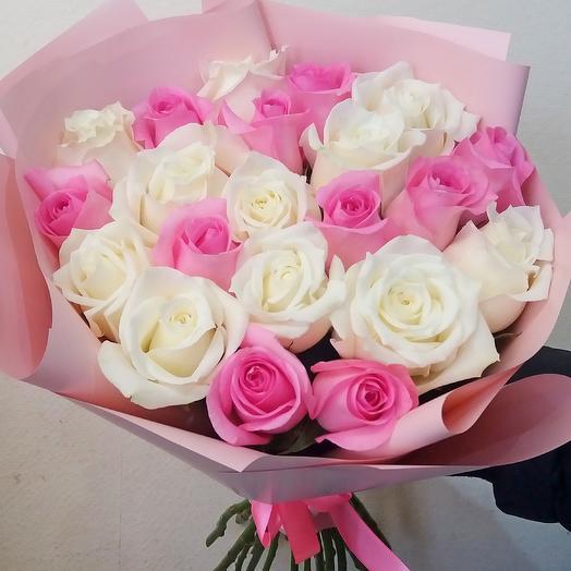 Букет , 21 бело-розовая роза