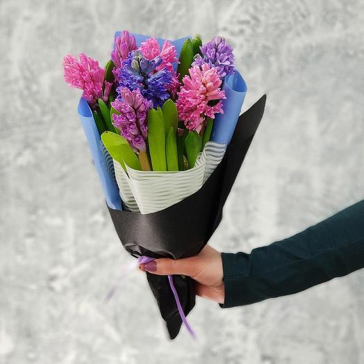 Стильный весенний букет из гиацинтов: букеты цветов на заказ Flowwow
