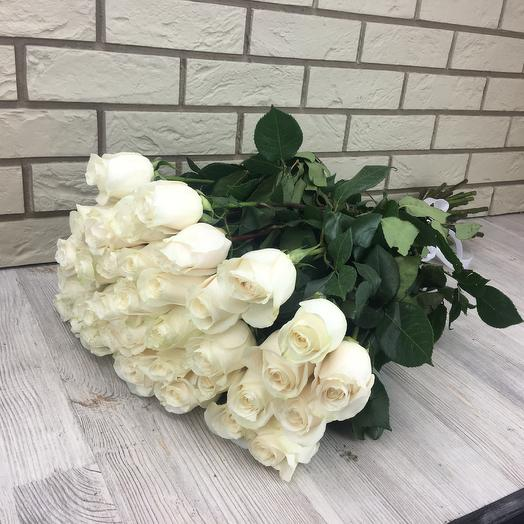 Премиум белые розы: букеты цветов на заказ Flowwow