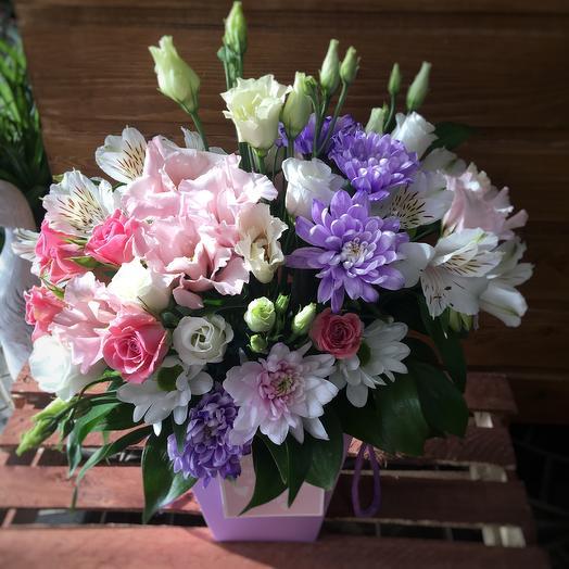 Букет роз и рускусов на День Валентина: букеты цветов на заказ Flowwow