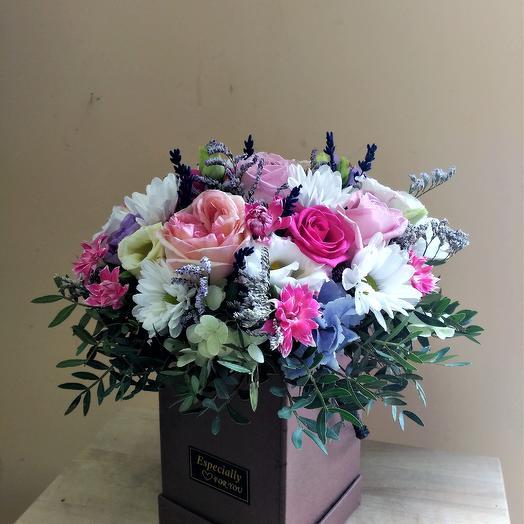 "Коробка 1 ""Тенистая аллея"": букеты цветов на заказ Flowwow"