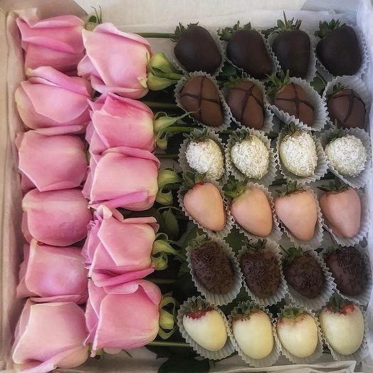 Клубника в шоколаде с розами L: букеты цветов на заказ Flowwow