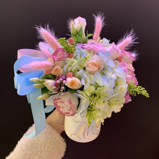 Волшебный единорог: букеты цветов на заказ Flowwow