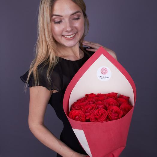 19 роз премиум класса Нина: букеты цветов на заказ Flowwow