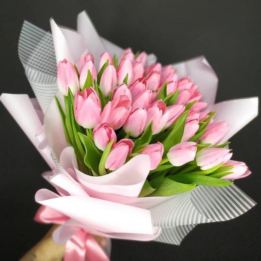 Тюльпаны розовые: букеты цветов на заказ Flowwow