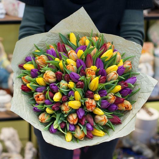 Букет из тюльпанов (101 тюльпан): букеты цветов на заказ Flowwow