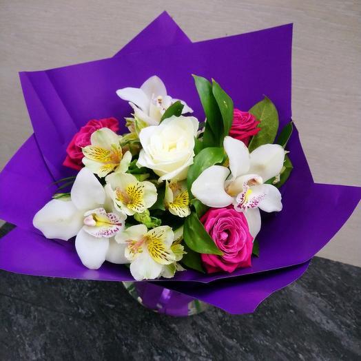 Букет из орхидеи и альстрамерии: букеты цветов на заказ Flowwow